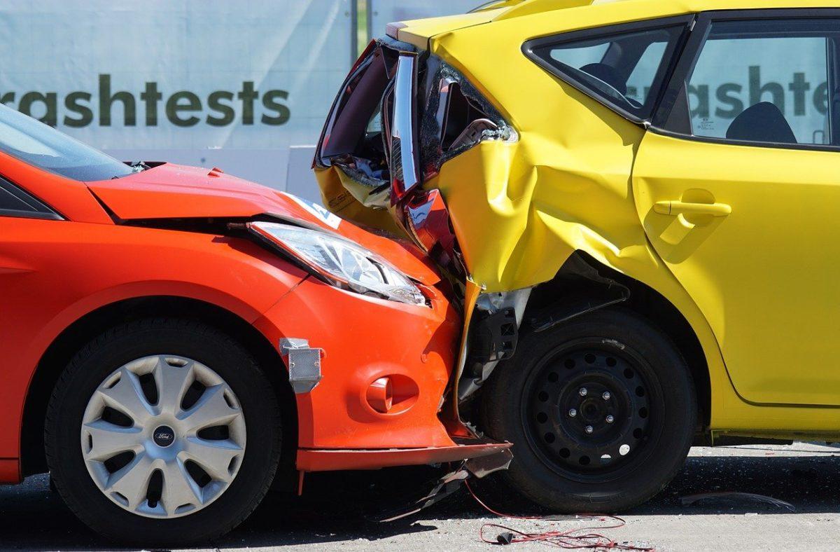 Najczęściej polisa ubezpieczenia obejmuje wypłatę zadośćuczynienia w wypadku…